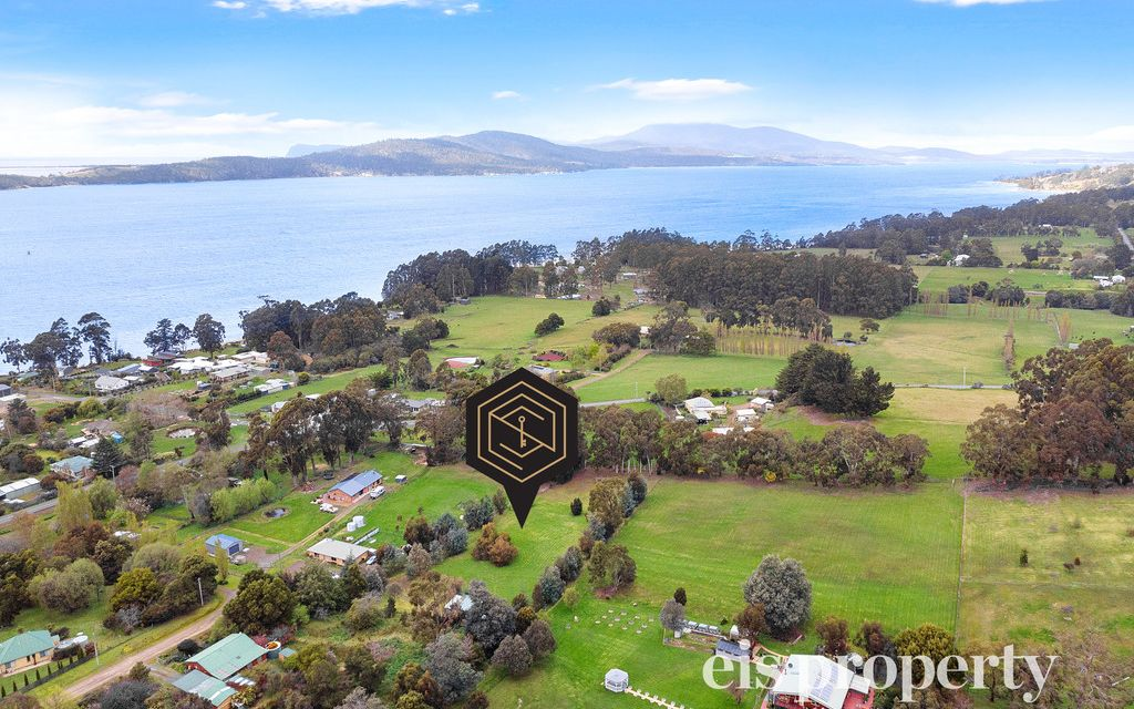 Idyllic setting for your dream home!