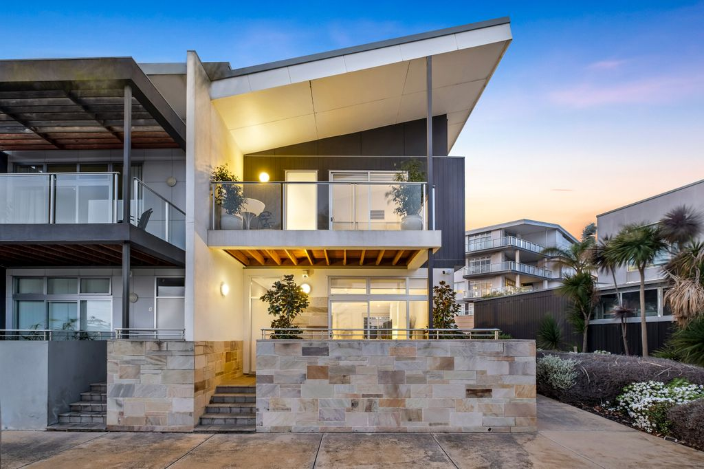 Artistically designed home with Gorgeous River and Hill Views