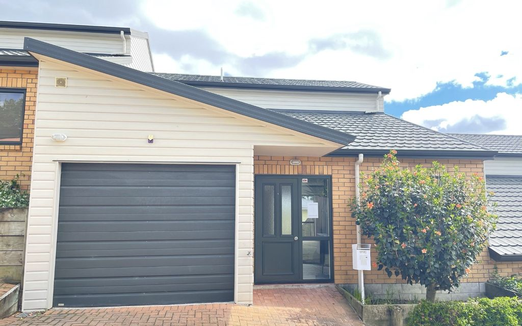 Lovely three bedroom townhouse