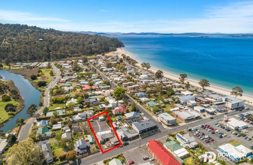 Exceptional Commercial Opportunity in Beachside Location!
