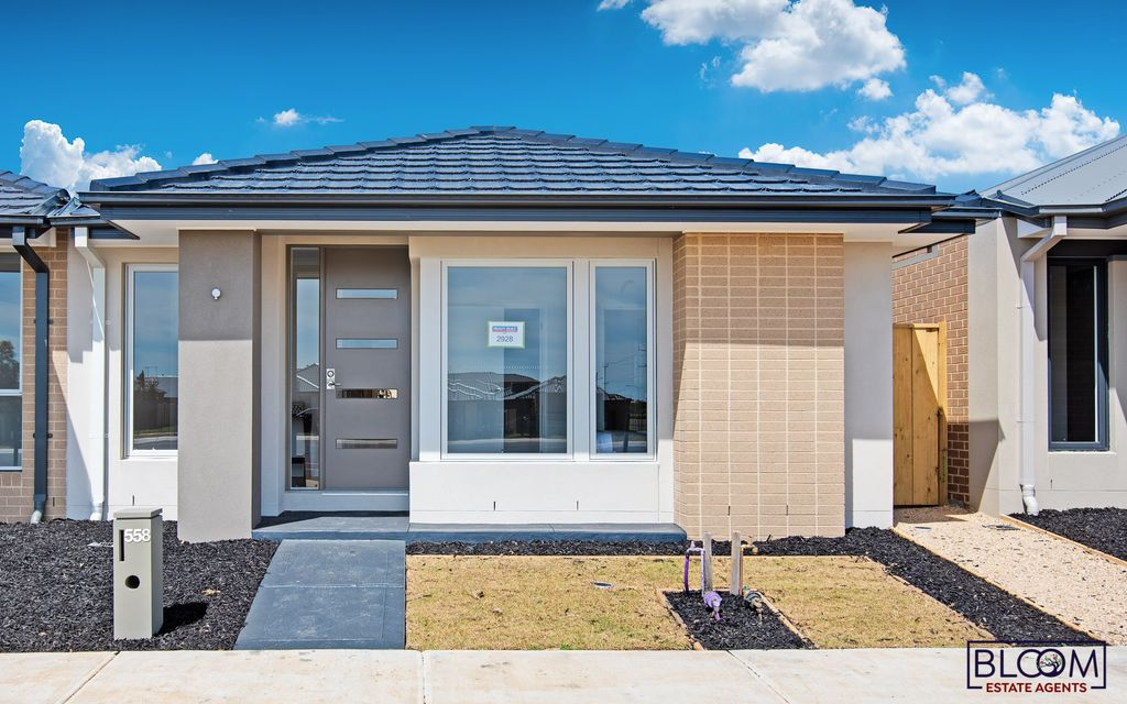 Brand new Ready to move Henley house in Truganina (Westbrook Estate)
