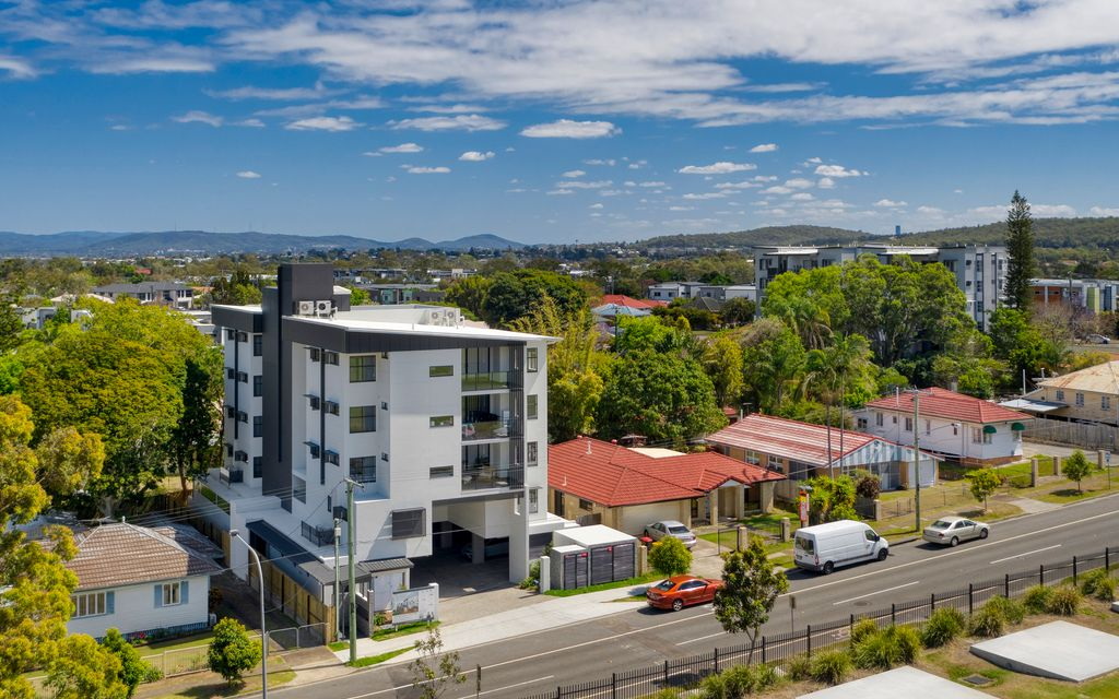 Invest or Occupy – Rare Opportunity in Blue Chip Location