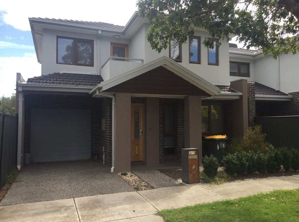 Spacious and Contemporary 3 bedroom delight