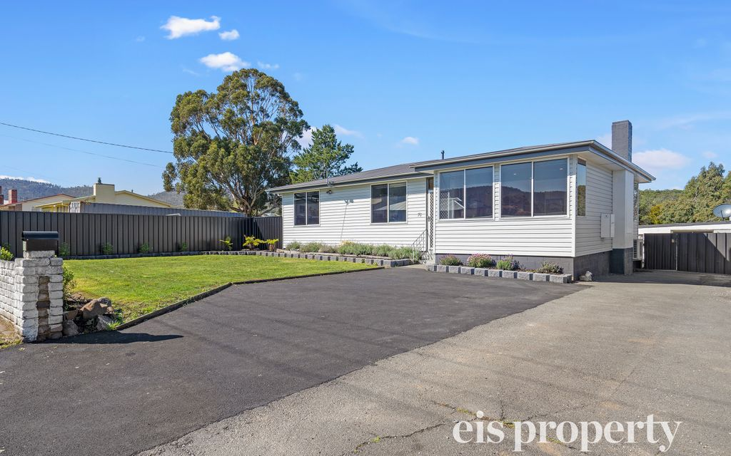 One of the neatest established homes on the market in Risdon Vale!