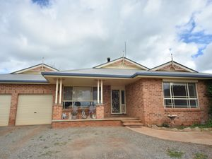 ACREAGE ON THE OUTSKIRTS OF TOWN!!