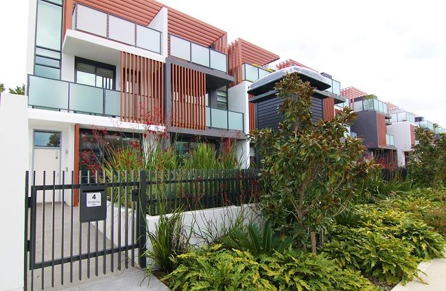"""""""Ramsgate Park"""" Brand new tri-level luxury 3-bedroom terrace with private rooftop entertaining deck"""