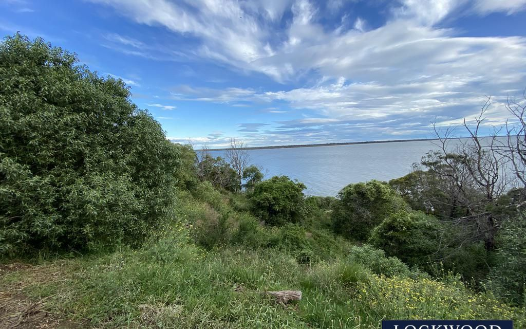 WATER VIEWS TO LAKE KING AND BEYOND – EXCEPTIONAL OPPORTUNITY