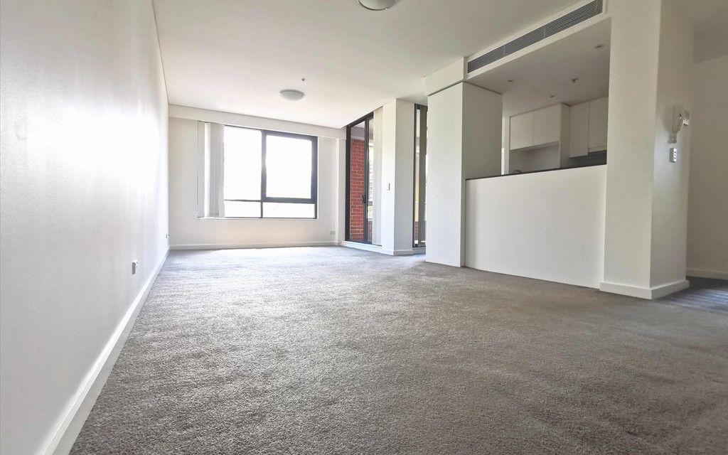 Modern 2 Bedroom Apartment@ Wolli Creek