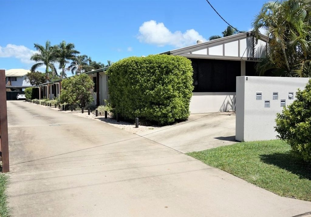 Lovely 2 Bedroom Unit  With Much More