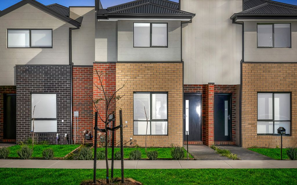 Brand New Town House In South Morang