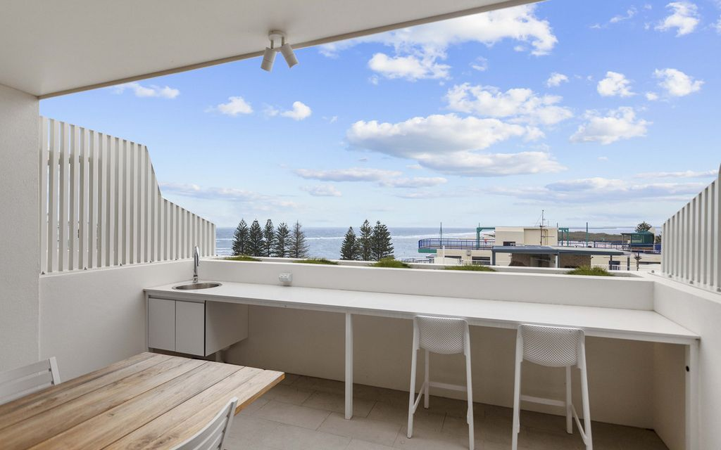 Will Be Sold- Your Luxury Beachside Residence- 316sqm With Lift & Rooftop