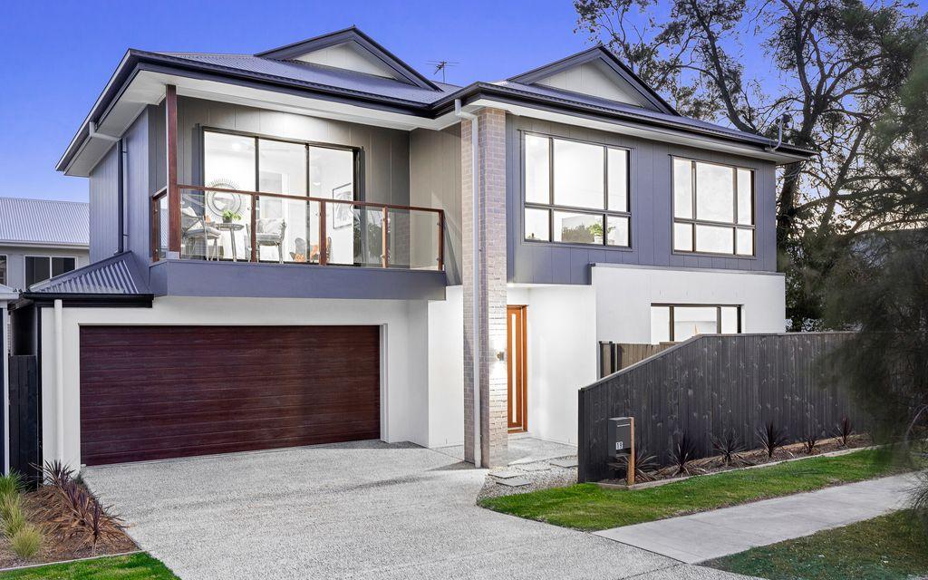 BRAND NEW LUXURY MODERN HOME – 1 LEFT (3 SOLD)