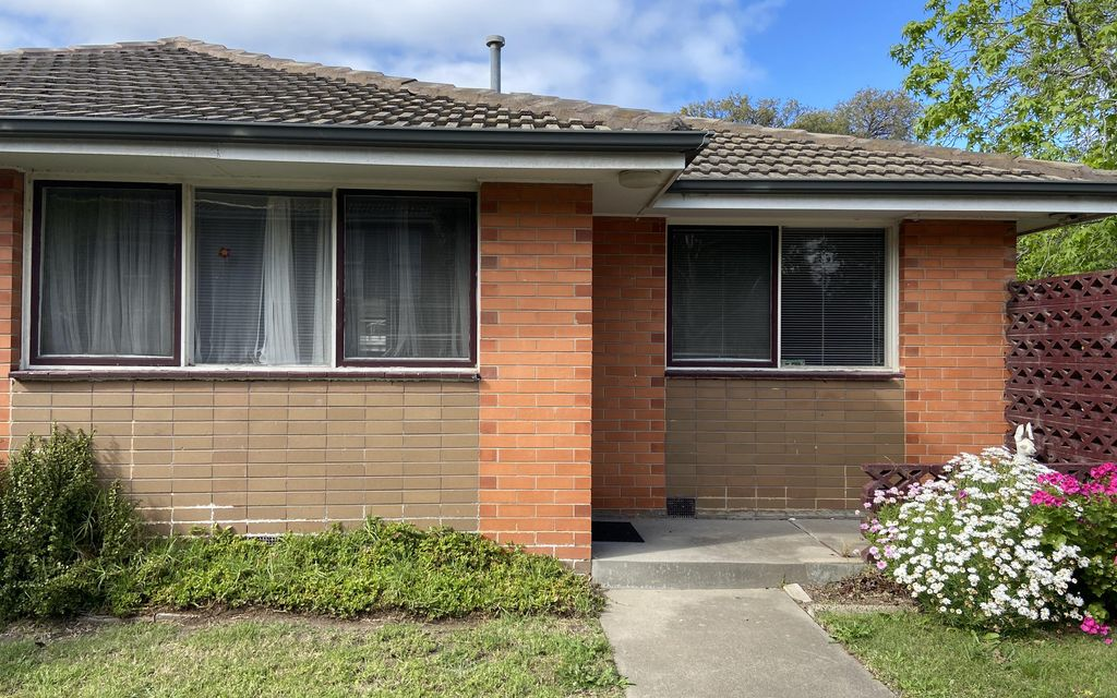 COSY UNIT IN ALTONA