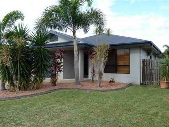 WELL PRESENTED LOWSET FAMILY HOME!