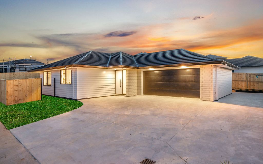 Brick & Weatherboard Family Home – Brand New!