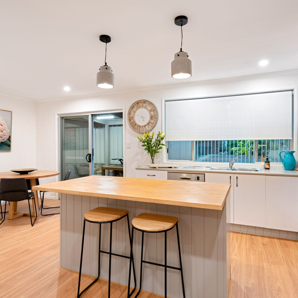 RENOVATED LOW-SET IN SUPERB LOCATION