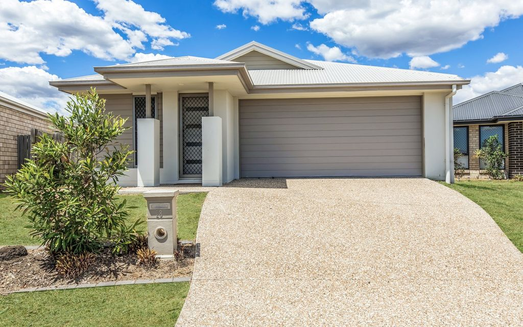 INVESTOR ALERT – IMMACULATE LOWSET BRICK HOME