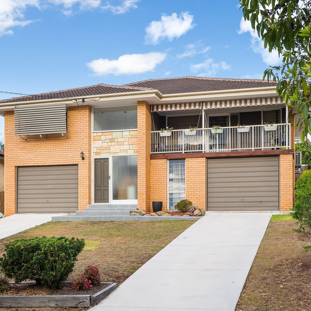 Beautiful Double Story Brick Home on 936m2