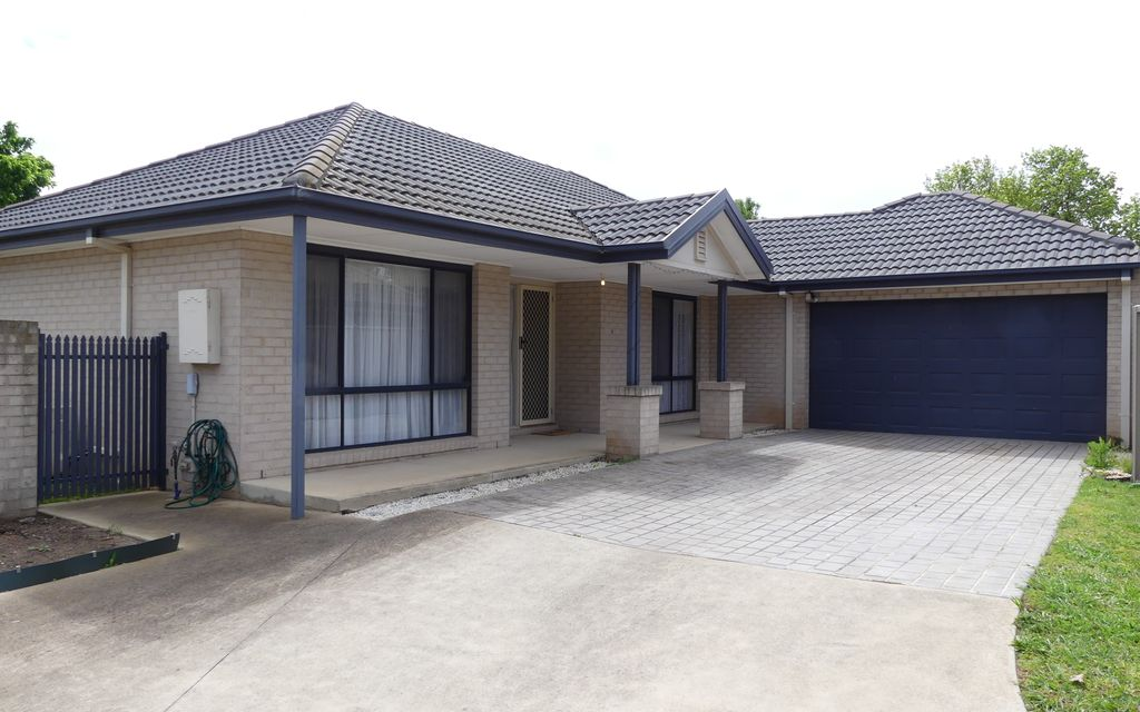 Tatura's Best Townhouse!