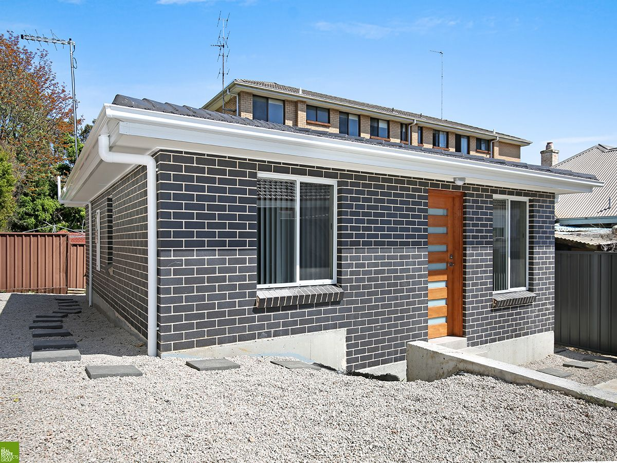 2 Bedroom Free-Standing Villa Style Home