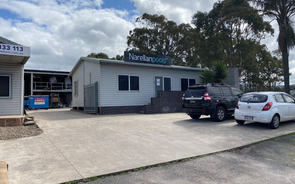 Affordable Commercial Property – Highway Exposure