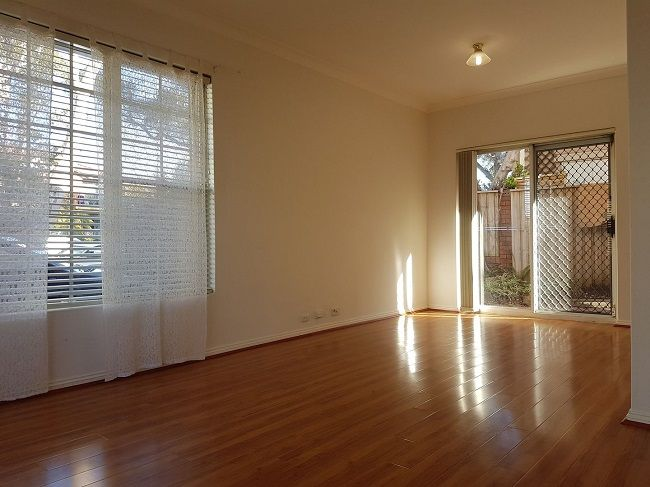 Spacious and private 2-bedroom full brick townhouse