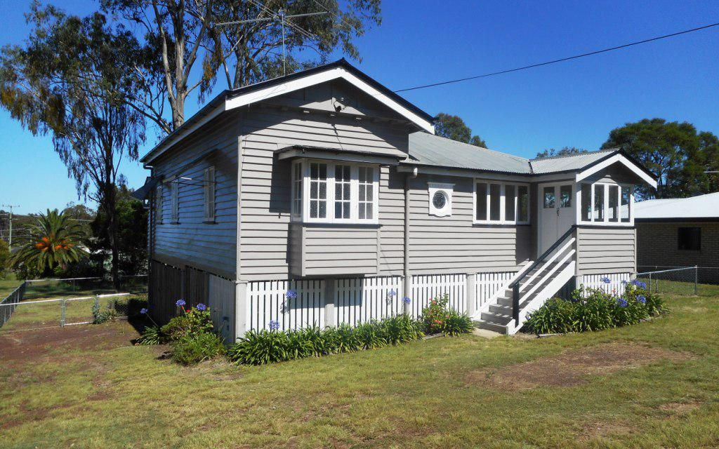Solid Timber Home – Suit Investor or First Homeowner!