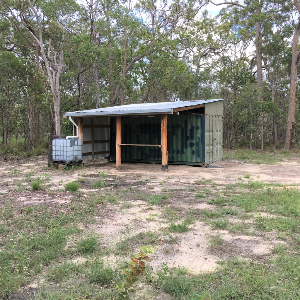 Bush Shack On 5 Acres With Cleared Area For A New Home!!