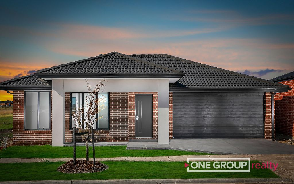 NEWLY BUILT COSY, COMFORTABLE & CONVENIENT HOME!
