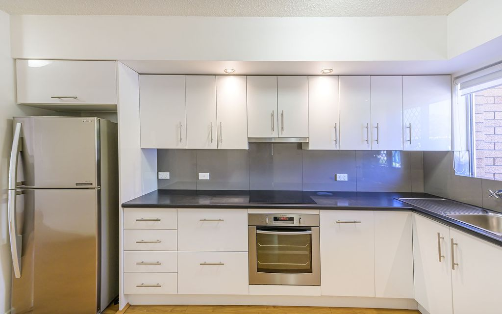 Lovely Renovated ground floor apartment