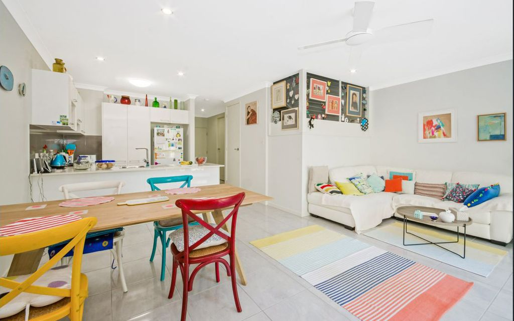 MODERN TOWNHOUSE IN RAPIDLY EXPANDING EDUCATION PRECINCT OF BUDERIM/SIPPY DOWNS