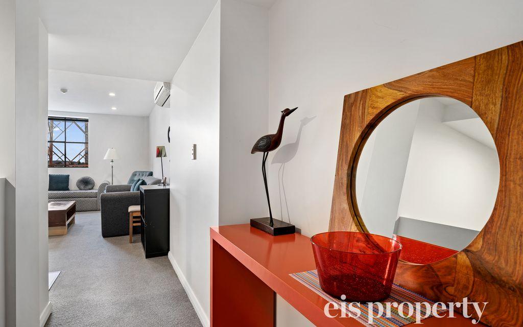 A prime Hobart CBD Apartment