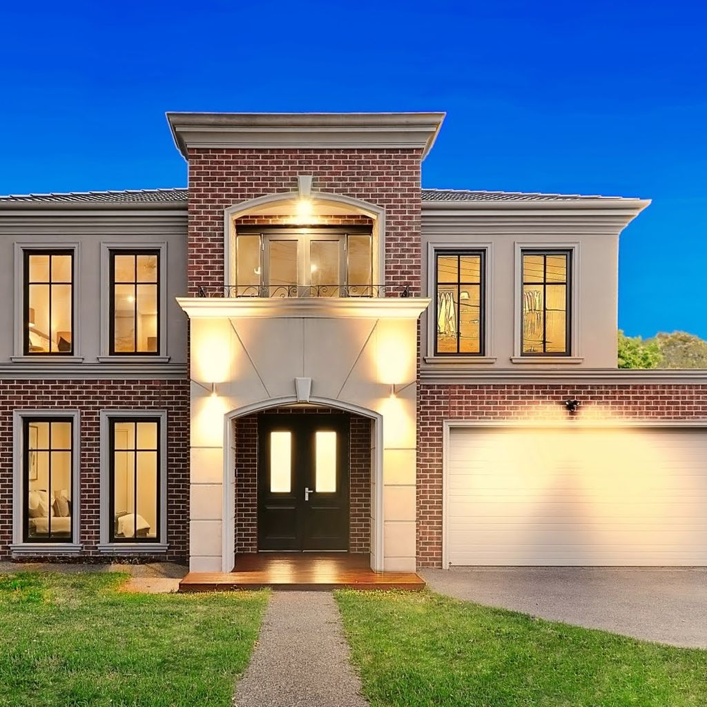 Luxurious Family Stunner in the Mount Waverley Secondary College Zone