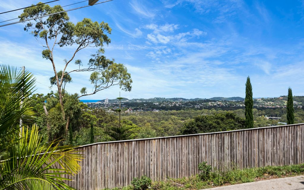 BURLEIGH'S BEST BUY – OCEAN VIEWS WITH ELEVATED POTENTIAL