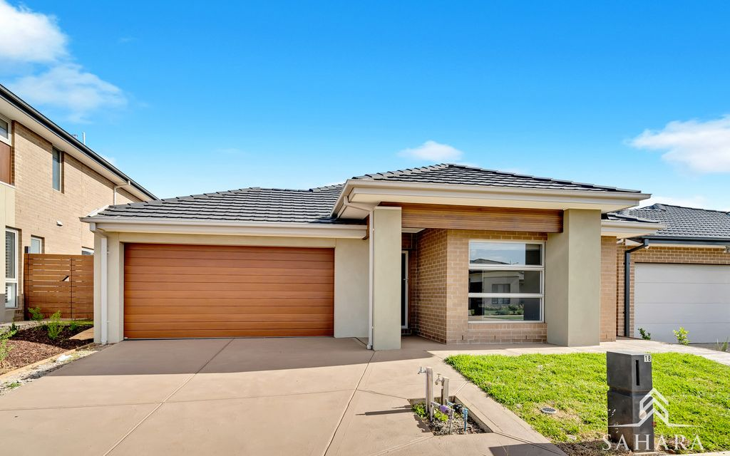 Near Brand-new 4 Bedroom Home,Perfect Location !!!