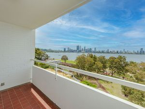 34069BEAUTIFULLY RENOVATED 2 X 1 UNFURNISHED UNIT,EXCELLENT SOUTH PERTH LOCATION!