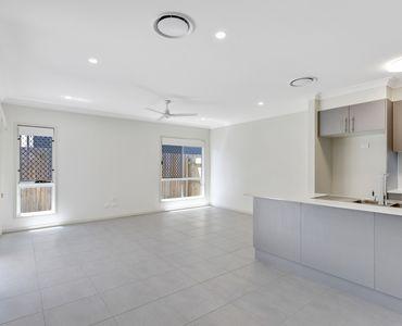 property image 2056888
