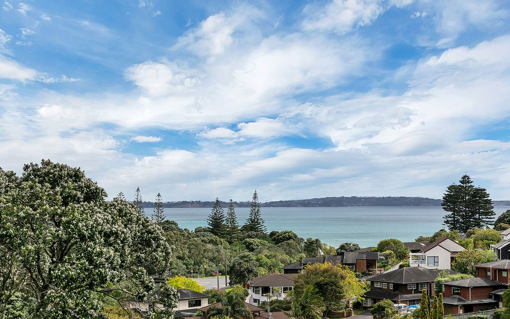 LONG BAY BEACH & SEA VIEWS. LUXURY COASTAL LIVING