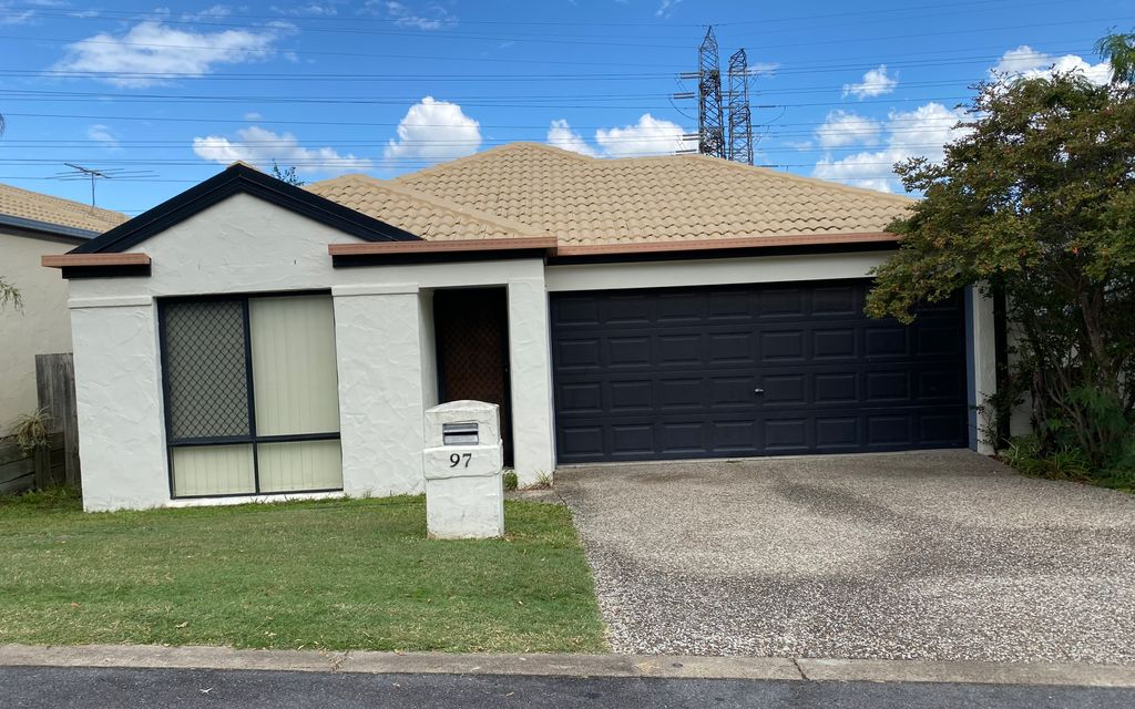 Secure living in Oxley Mews