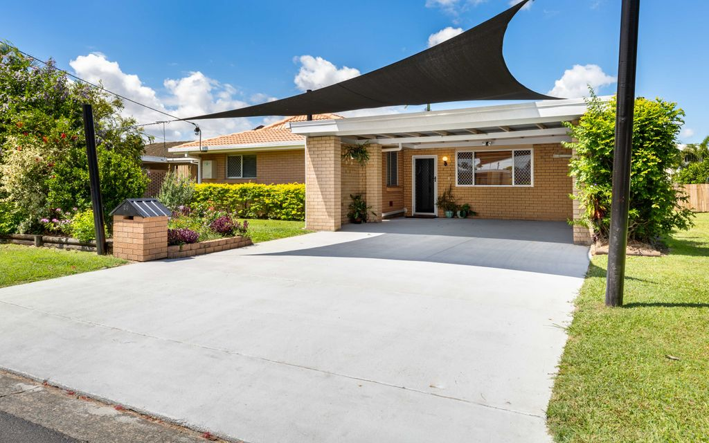 Price Reduced – Spacious and Solar Efficient