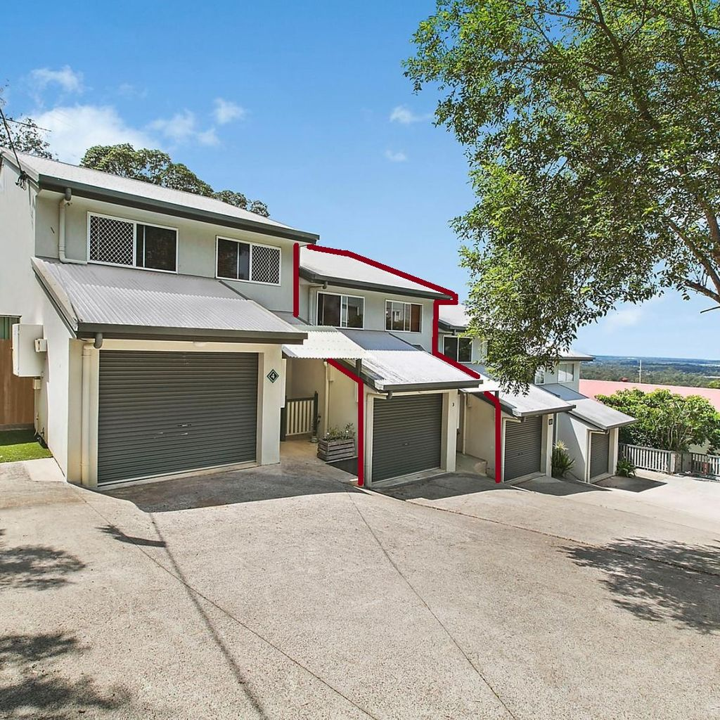 UNDER CONTRACT  – Price Reduced on This Gorgeous Boutique Townhouse on Buderim