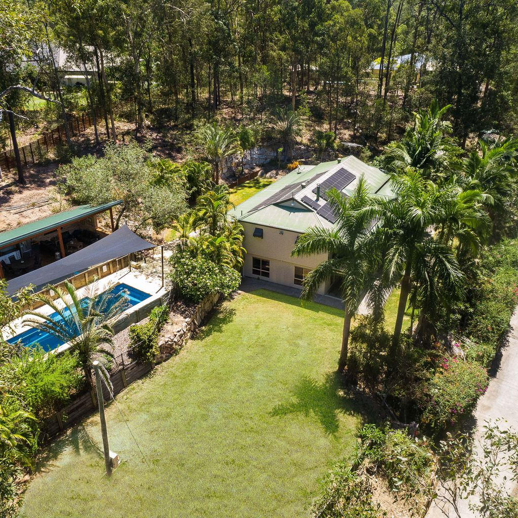 Privacy, Pool, Great Access for a Boat or Trailer, Granny Flat Option and More!
