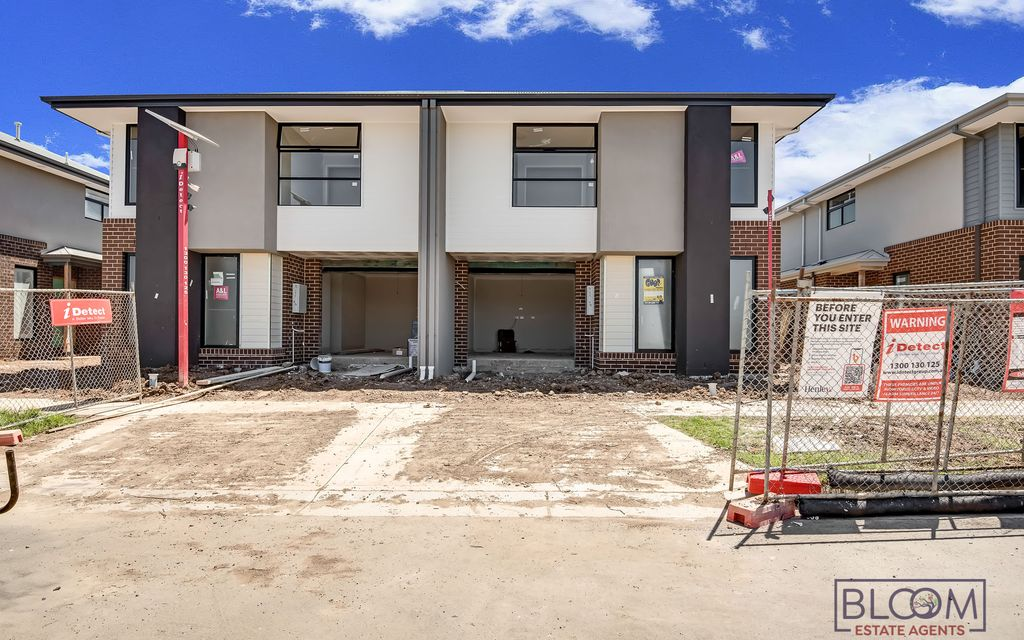 Beautiful Brand New Townhouse !! Call Mani now on 0430 458 350