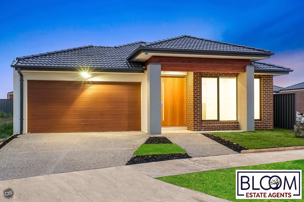 Fully Upgraded House in Top Location!!