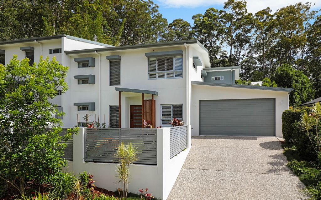 Luxuriously spacious home in tree-lined locale moments to Buderim Village