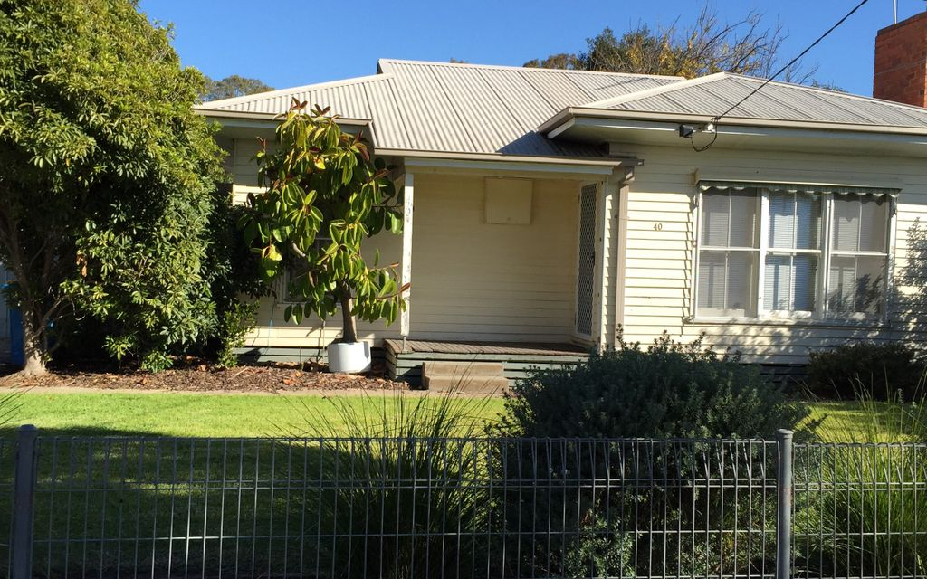 Neat and tidy Two Bedroom home North Shepparton