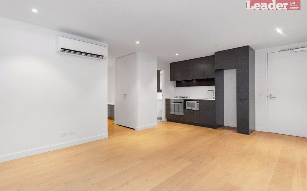 Be impressed by this delightful one bedroom apartment located in the heart of Collingwood