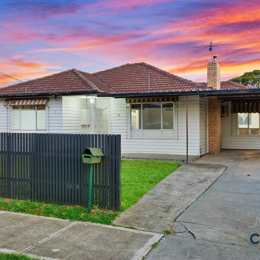 IDEAL FAMILY HOME FOR FIRST HOME BUYERS/INVESTORS &/ OR EVEN DEVELOPERS