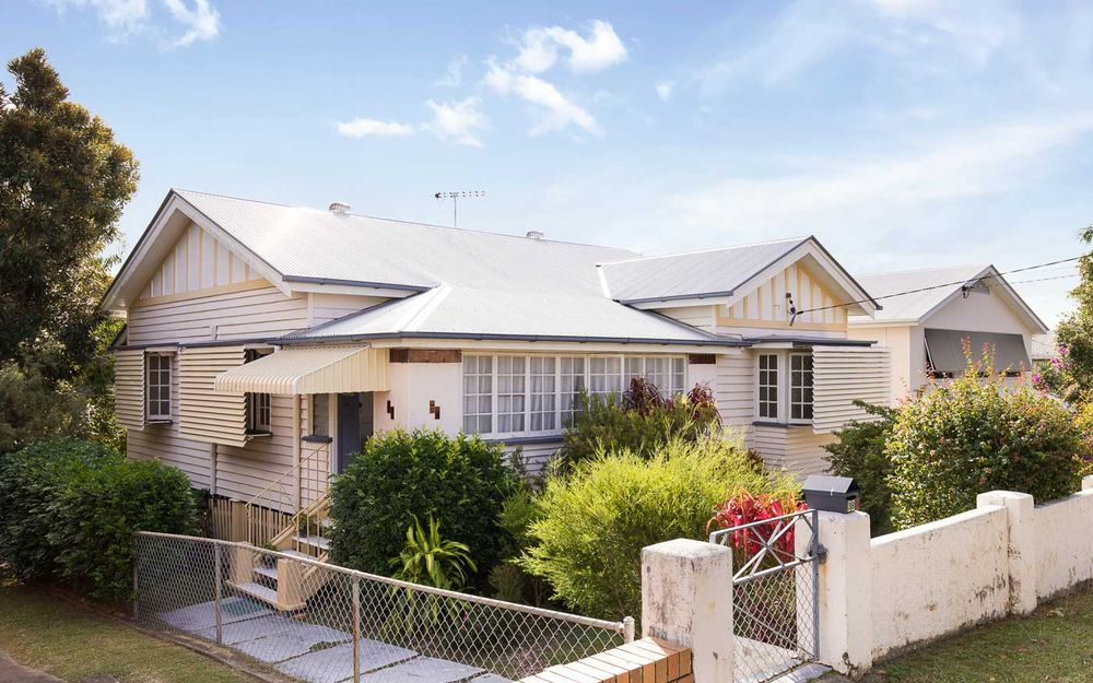 Renovate or redevelop in sought after Wooloowin