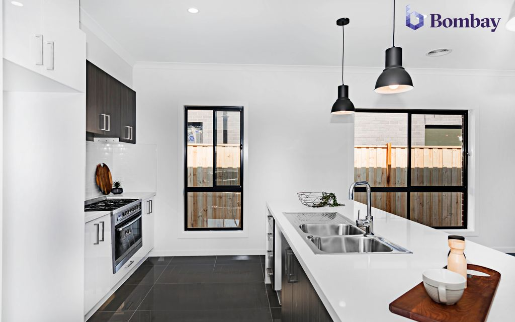 BRAND NEW QUALITY HOME  IN A PRIME SPOT AT THE RIGHT PRICE IN CRAIGIEBURN